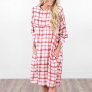 NWT Stevie gender red plaid dress medium